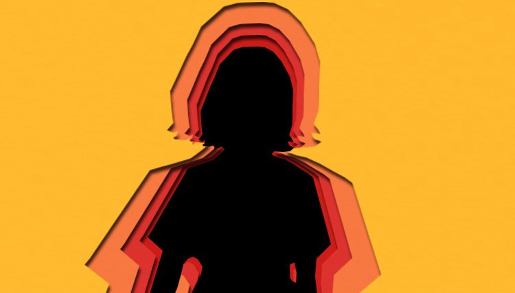 Lahore woman arrested for torturing four-year-old niece with hot knife